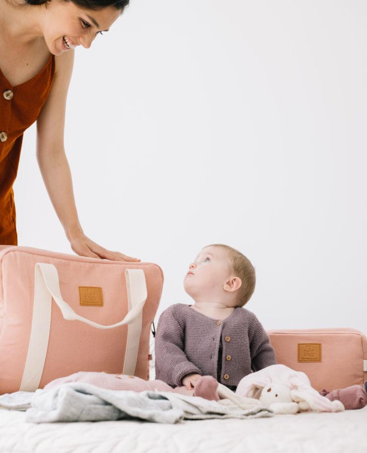 bolso maternidad rosa